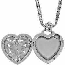 fl heart locket necklace in alternate view