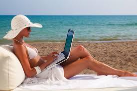 Αποτέλεσμα εικόνας για Διακοπές: Τι να προσέχετε όταν κάνετε κράτηση μέσω internet