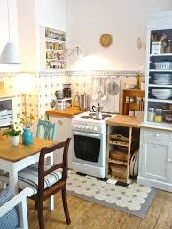 Wogend Kleine Küche Mit Essplatz Für Gestalten Die Besten Haus