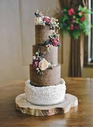8 Elegant Wedding Cakes With A Fashionable Twist