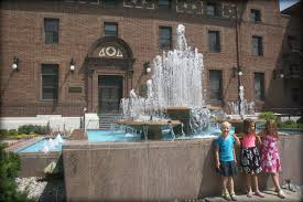 the fountain was built in the 1960 s with financial backing from the owners of the kansas city star kansas city s main newspaper