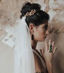 Comment Se Coiffer Avec Un Voile De Mariée