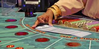 In the world of online gambling, baccarat is a favorite amongst players who are looking for a game with a low house edge that is easy to learn to play. How To Play Baccarat And Win Learn In Less Than Four Minutes