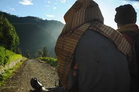 Perjalanan di Belakang Rumah | searcher of light
