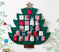 advent calander plaid tree advent calendar pottery barn kids