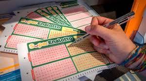 Superenalotto lottery online tickets you can buy today and tomorrow you can be a millionaire. Estrazioni Superenalotto La Combinazione Di Martedi 5 Gennaio La Repubblica