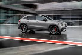 Vediamo insieme le caratteristiche principali dei due nuovi modelli ad alte prestazioni basati sulla seconda generazione del crossover tedesco. 2021 Mercedes Benz Amg Gla 45 Price Review Ratings And Pictures Carindigo Com