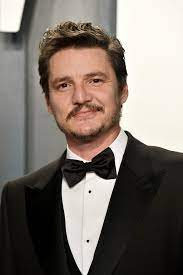 Pedro Pascal Credits His Success to His Mom, Who Died Before He Became  Famous