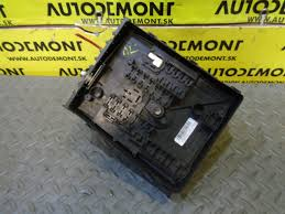 fuse box 1k0937124k 1k0937124h skoda octavia 2 1z 2007 limousine fuse box 1k0937124k 1k0937124h skoda octavia 2 1z 2007 limousine 1 9 tdi 77 kw bxe jcr