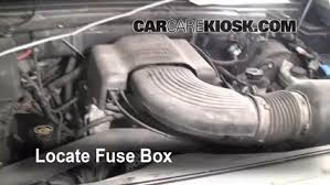 replace a fuse 1997 2004 ford f 150 1999 ford f 150 xlt 4 6l v8  at Main Battery Box Fuse On An 98 Ford Expedition
