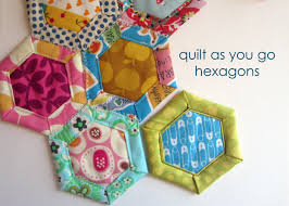 30 Colorful Hexagon Projects to Sew - & Honeypot Quilt Pattern Adamdwight.com