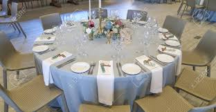Reception Table Set Up Circle Silver And White Themed Wedding Reception Table Set Up