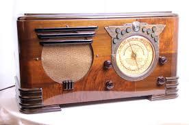 Vintage Radio-Apparate von Paul Sanders– Wohnaccessoire für Retro-Fans