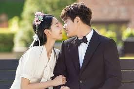Bahasa korea sayang sebagai panggilan untuk suami istri berbeda dengan panggilan sayang ke pacar, teman, atau kepada orangtua. 7 Panggilan Sayang Untuk Pasangan Dalam Bahasa Korea