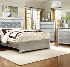 The Elegant and also Lovely white traditional bedroom furniture for ...