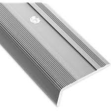 Der neupreis lag vor einem halben. Treppenkantenprofil Glory Silber L Form Inklusive Rutschhemmender Vinyl Einlage 17mm Hohe Erhaltlich In 4 Farben Und 3 Langen 90cm Amazon De Baumarkt