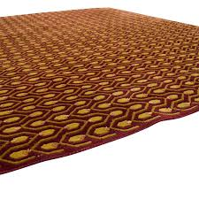 red and gold rug decor