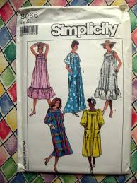 Muumuu Pattern Interesting SOLD Simplicity Pattern 48 UNCUT Misses Mumu MuuMuu Size XL 48