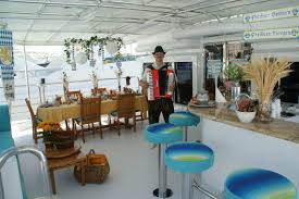 Greek Table Setting Decorations Theme Night Party Suggestions For Yacht Stewardesses Or Anyone