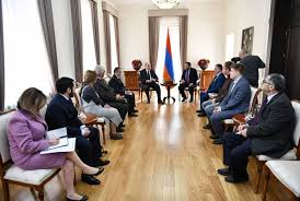 president sarkissian receives organizers and group of partints of international round table discussion armenpress armenian news agency