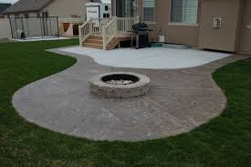 Concrete Patio Designs Layouts Patio Design Ideas With Fire Pits