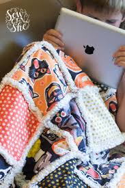 Quilting UnPlugged: Soft and Cozy Rag Quilt {sewing tutorial ... & rag quilt tutorial Adamdwight.com