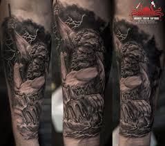 Neptun Tattoo By Mehdi Rasouli Broken Tooth Tattoos тату идеи