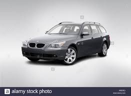 Coupe Series bmw 2006 5 series : 2006 BMW 5-series 530xi in Gray - Front angle view Stock Photo ...