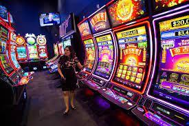 Las Vegas gaming companies look at opportunities in Illinois   Las Vegas  Review-Journal