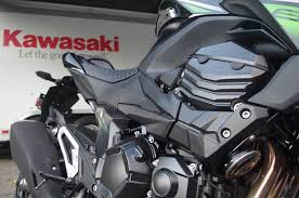 Ride Review The 2015 Kawasaki Z800 Is A Sportbike Wasting Time