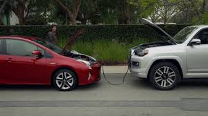 Toyota How-To: Prius Auxiliary Battery Location and Jump Starting ...