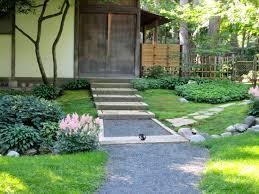 Como Park Tea House Entry ...