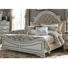 Belle Furnishings Magnolia Manor 4 Piece King Bedroom Set in Antique ...