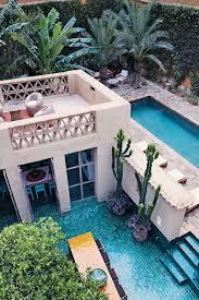 Swimming Pool Design: White Small Backyard Pool Decor - Backyard Pools