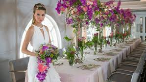 Floral Cascade Designs Brides Love Creative Floral Cascade Bouquets Oasis Floral