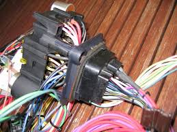 martin s camaro page i got myself a new wiring harness 21 circuit from ez wiring i re used the bulkhead connector for the firewall new connectors