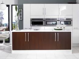 Shiny White Kitchen Cabinets Kitchen Cabinets White Gloss Gloss White Cabinets High Gloss