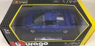 Barva modelu je modrá metalíza. Bburago 1 24 Scale Bugatti Eb 110 Diecast Vehicle Colors May Vary For Sale Online Ebay