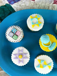 130 best Quilt/Knitting themed Cakes and Cookies images on ... & Quilting/Sewing/Knitting Themed Cupcakes Adamdwight.com