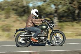 2017 triumph street scrambler first ride test 11 fast facts
