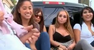 four girls watch a hung guy masturbate outdoors voyeurstyle com 00 00 00 00