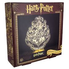 harry potter paladone pp3215hp laser etched acrylic hogwarts crest light plastic harry potter co uk lighting