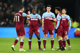 Get all the breaking west ham news. West Ham United Three Quick Changes That Could Fix The Hammers