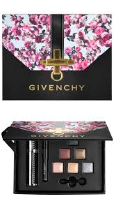 givenchy the essentials to enhance your eyes clutch set