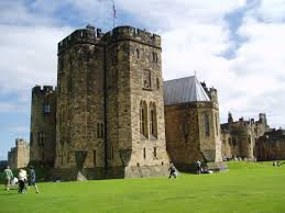 alnwick castle and gardens review