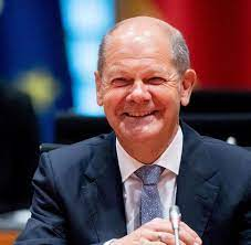 Olaf scholz is a german politician serving as federal minister of finance and vice chancellor under chancellor angela merkel since 14 march. Aufholjagd Fur Olaf Scholz Ist Alles Wieder Offen Welt