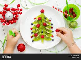 DYI Felt Ornaments  Christmas Tree  Fun Crafts KidsChristmas Tree Kids