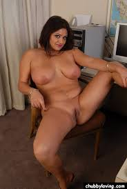Hot chubby brunette pussy