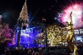 Glendale Americana Christmas Tree Lighting Americana At Brand Christmas Tree Lighting 2019
