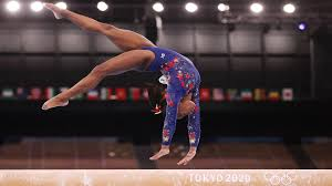 Simone biles, left, won the bronze medal in the balance beam final. Simone Biles To Compete In Balance Beam Finals Wwlp